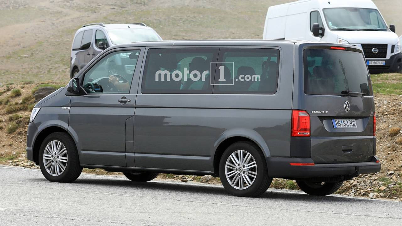 T5 Interieur Vw Transporter T7 Spied Here S Your First Look