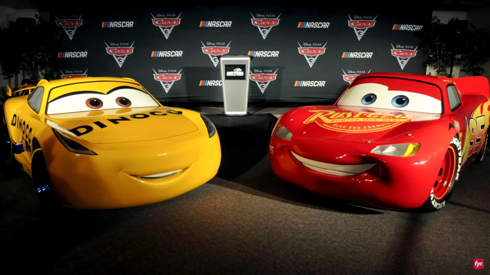 Cars Pixar Lewis Hamilton Learn More About The Newest Rides Of Cars 3