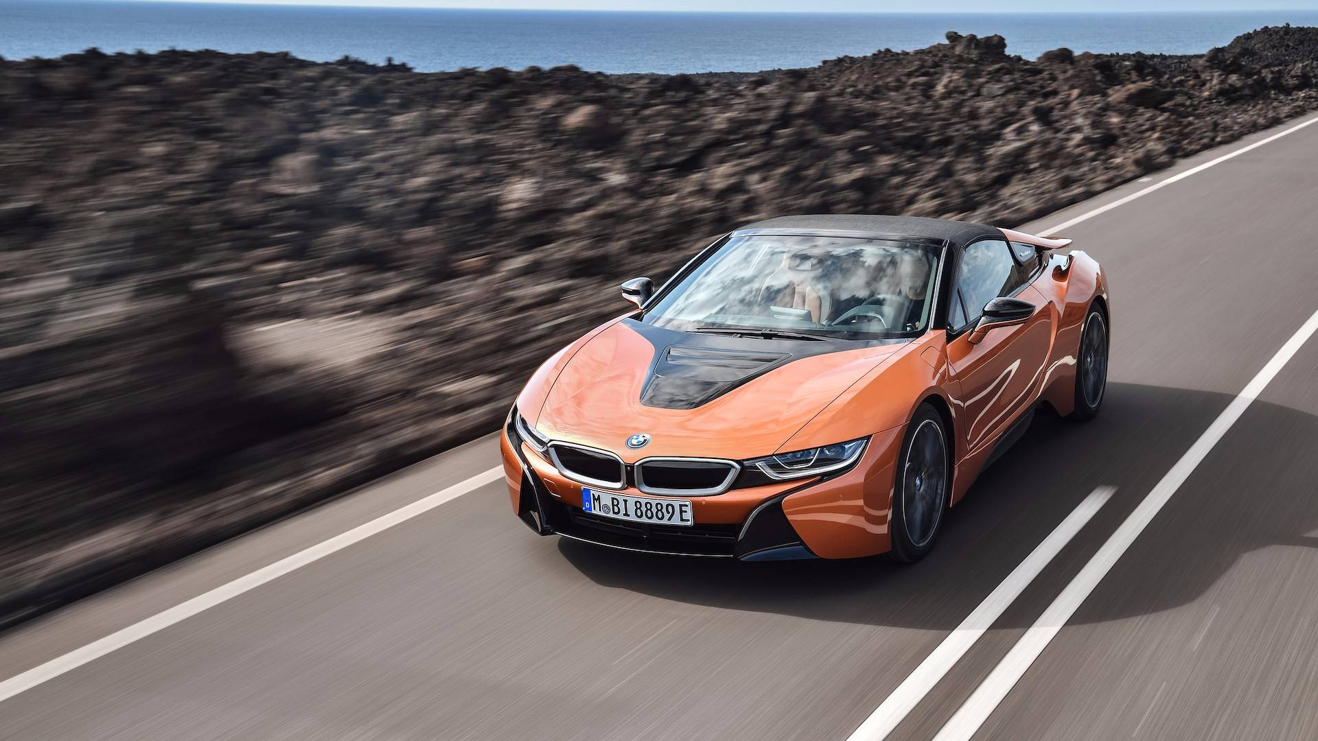 Bmw I8 Interieur Start Saving Bmw I8 Roadster Will Reportedly Start At 163 300