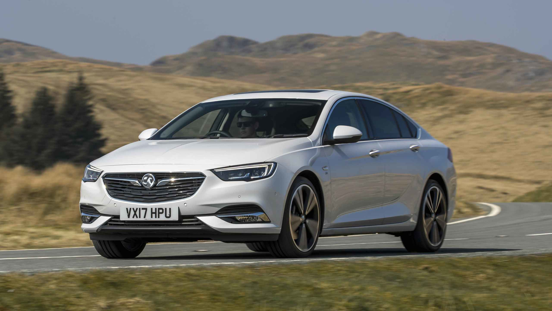 Vauxhall Insignia 2018 2017 Vauxhall Insignia Grand Sport First Drive Welcome