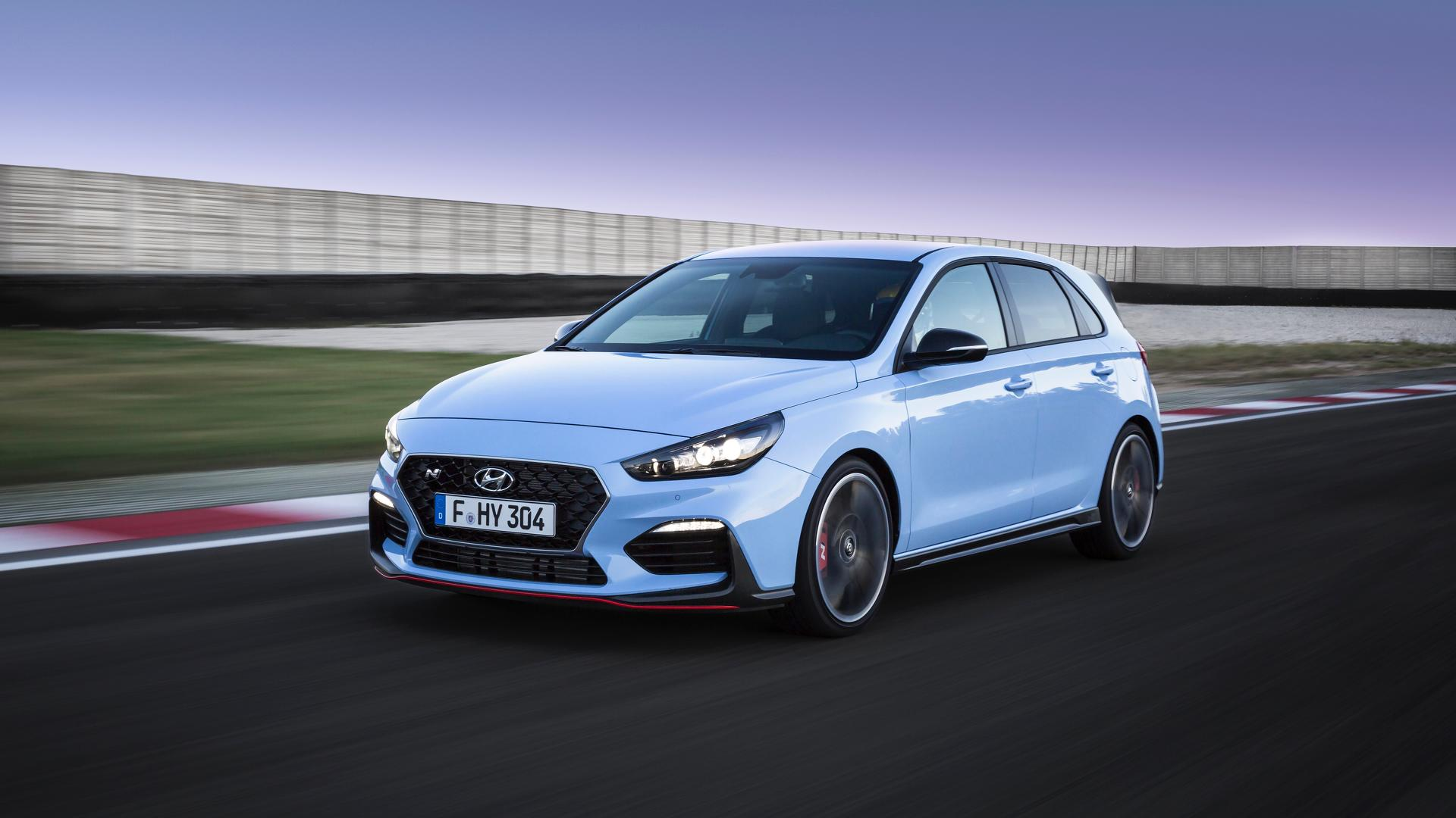 Hyundai I30 Interieur Hyundai I30 N Officially Revealed To Spice Up Hot Hatch Game