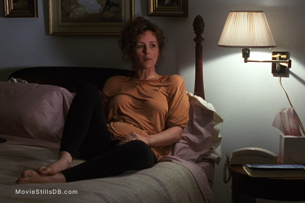 Presumed Innocent - Publicity still of Bonnie Bedelia - movie presumed innocent