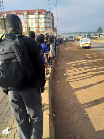 Shoebaru! Matatu strike causes many Kenyans to start walking to work(pictures)