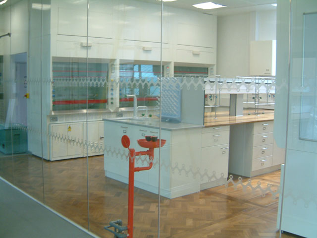 Department of Chemistry, Cambridge Lab Installation - Case Study