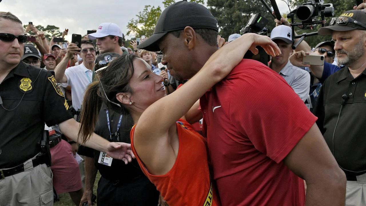 tiger woods news kiss