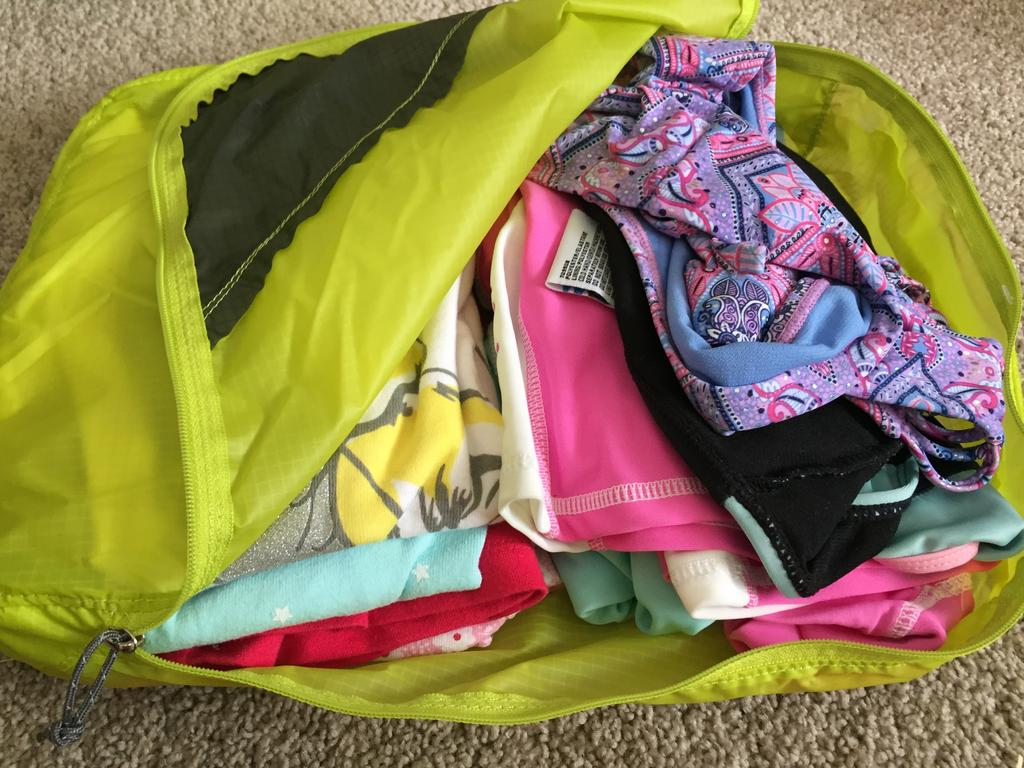 Packing Cells Kmart Packing Cubes Vs Kathmandu Best Packing Cells Review The