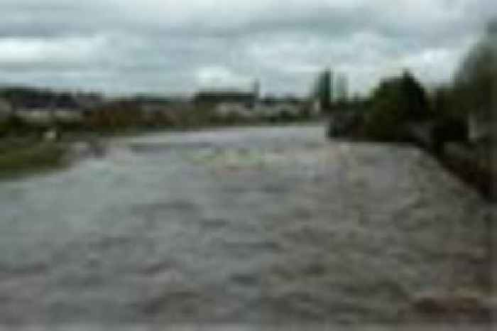 F1 News Bbc Flood Warning Issued For Exeter Today - One News Page