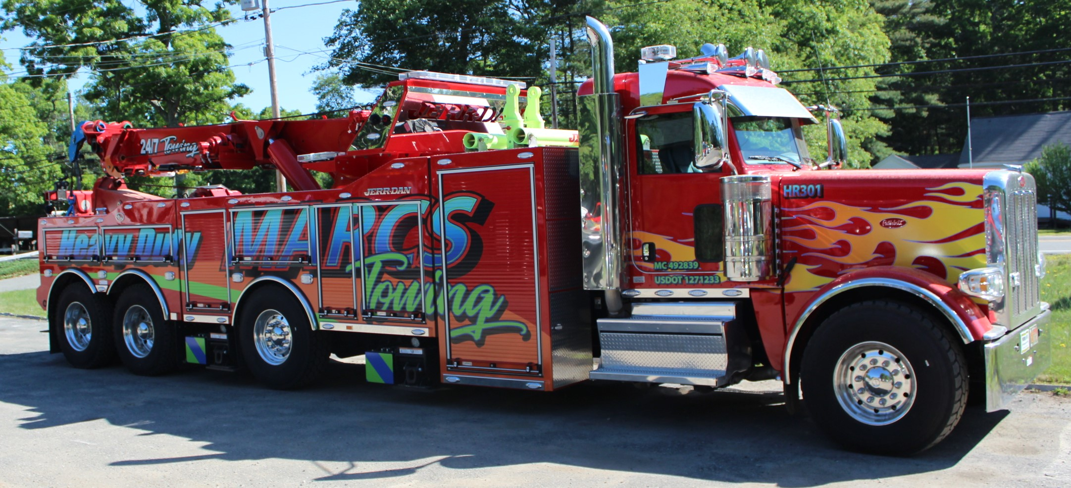 Tow Truck Tow Times And Ford Trucks Name Top Winners Of Tow Truck Beauty