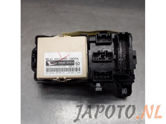 Fuse box for Daihatsu Sirion - Japanese  Korean car parts