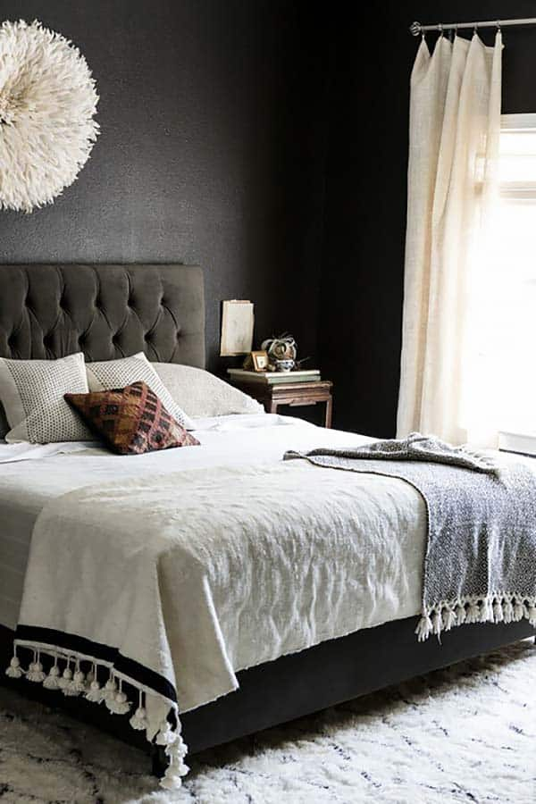 Gothic Schlafzimmer 33 Chic And Stylish Bedrooms Dressed In Black And White