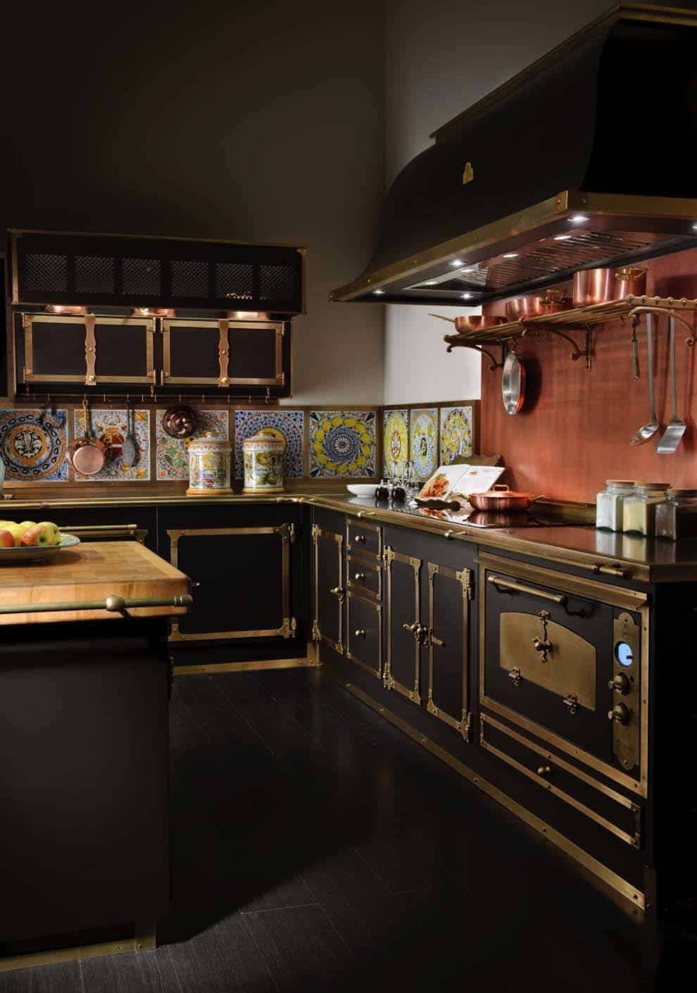 Black Design For Kitchen 43 Dramatic Black Kitchens That Make A Bold Statement