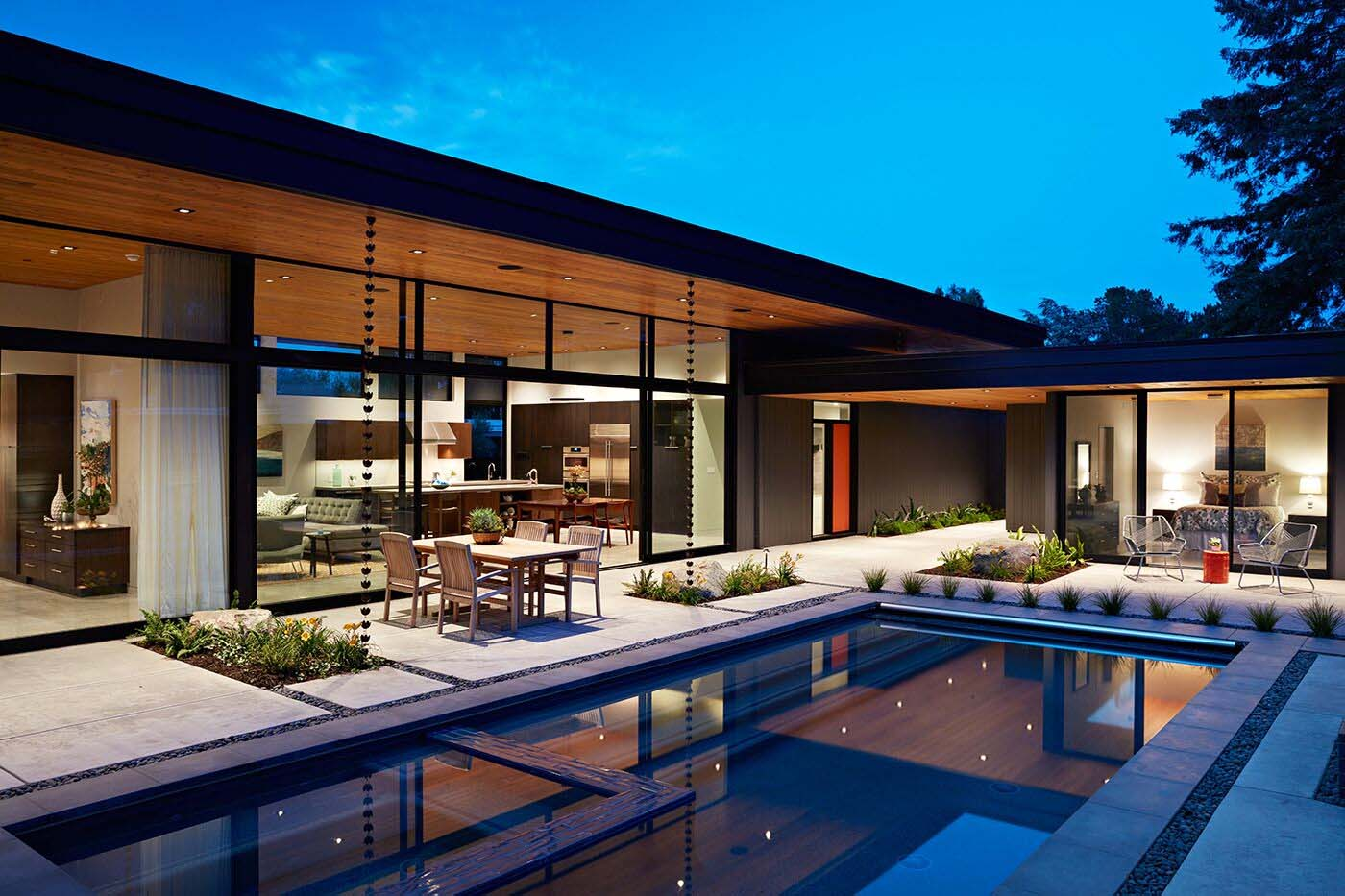 California Modern Architecture Eichler Inspired Home In California Opens To The Outdoors