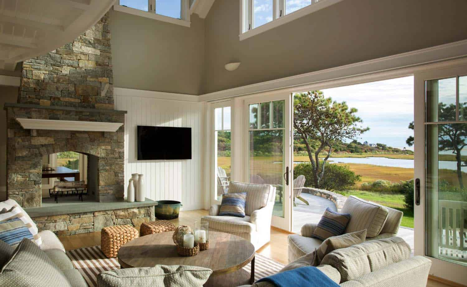 Meuble En Rotin A Vendre Seaside Home On Martha's Vineyard Inspired By Nautical