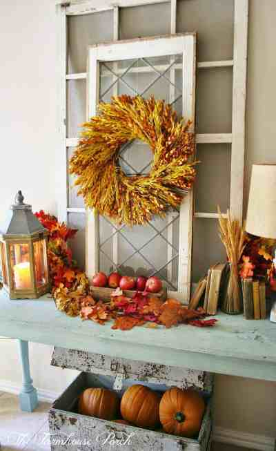 28 Welcoming fall-inspired entryway decorating ideas