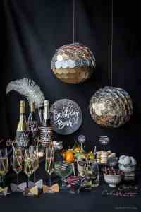 26 Festive and glamorous party table settings for New Year ...