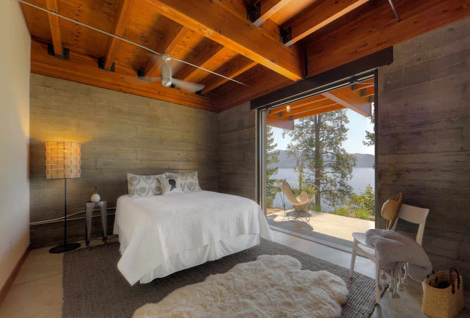 Modern Cabin Decor Modern Log Cabin Perched On A Cliff Overlooking Coeur D