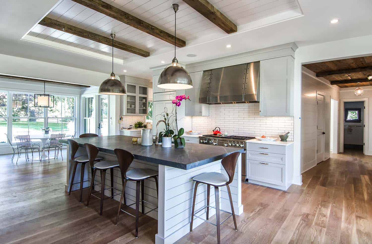Kitchen Counter And Stools 35 Amazingly Creative And Stylish Farmhouse Kitchen Ideas