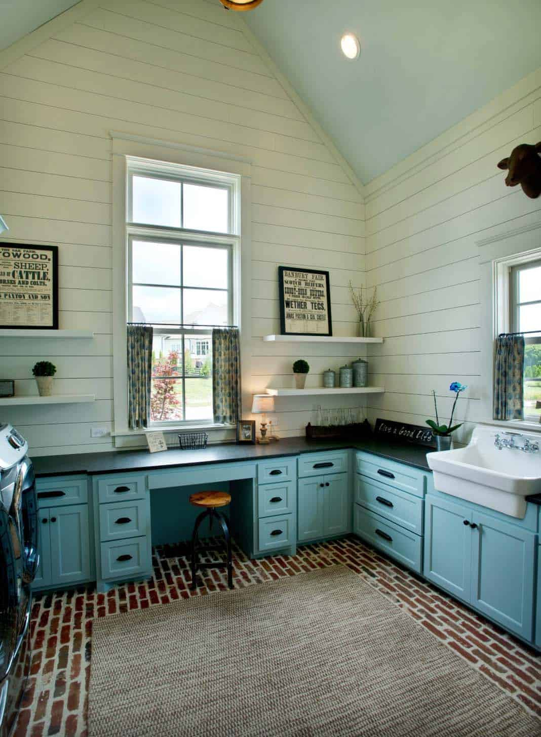 Farmhouse Laundry Room Floor 30 43 Unbelievably Inspiring Farmhouse Style Laundry Room Ideas