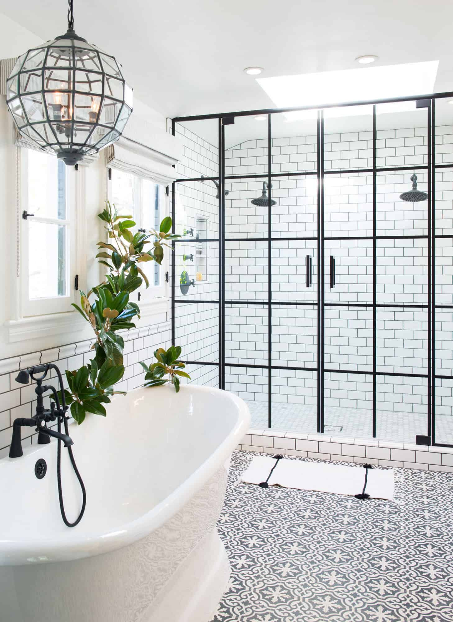 18 Drool Worthy Bathrooms Decked Out With Gorgeous Flooring