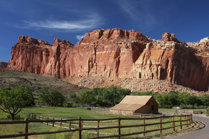 Fall Wallpaper For Windows 10 You Will Fall In Love With These 17 Beautiful Barns In Utah