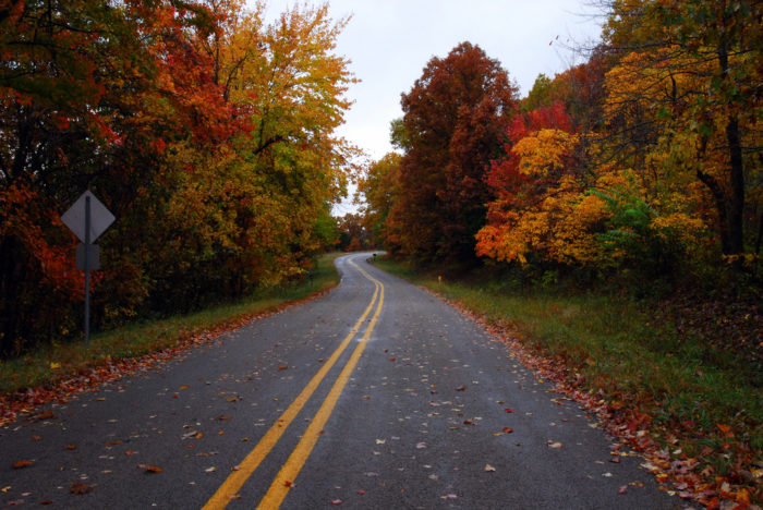 Fall Leaves Road Wallpaper 10 Country Roads In Arkansas That Are Pure Bliss In The Fall