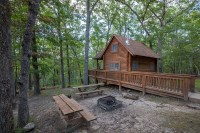 10 Cozy Cabins In Missouri For A Perfect Fall Getaway
