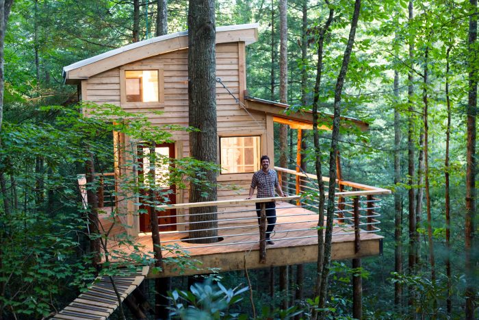 Falling Into Water Wallpaper The Most Epic Treehouse In Kentucky