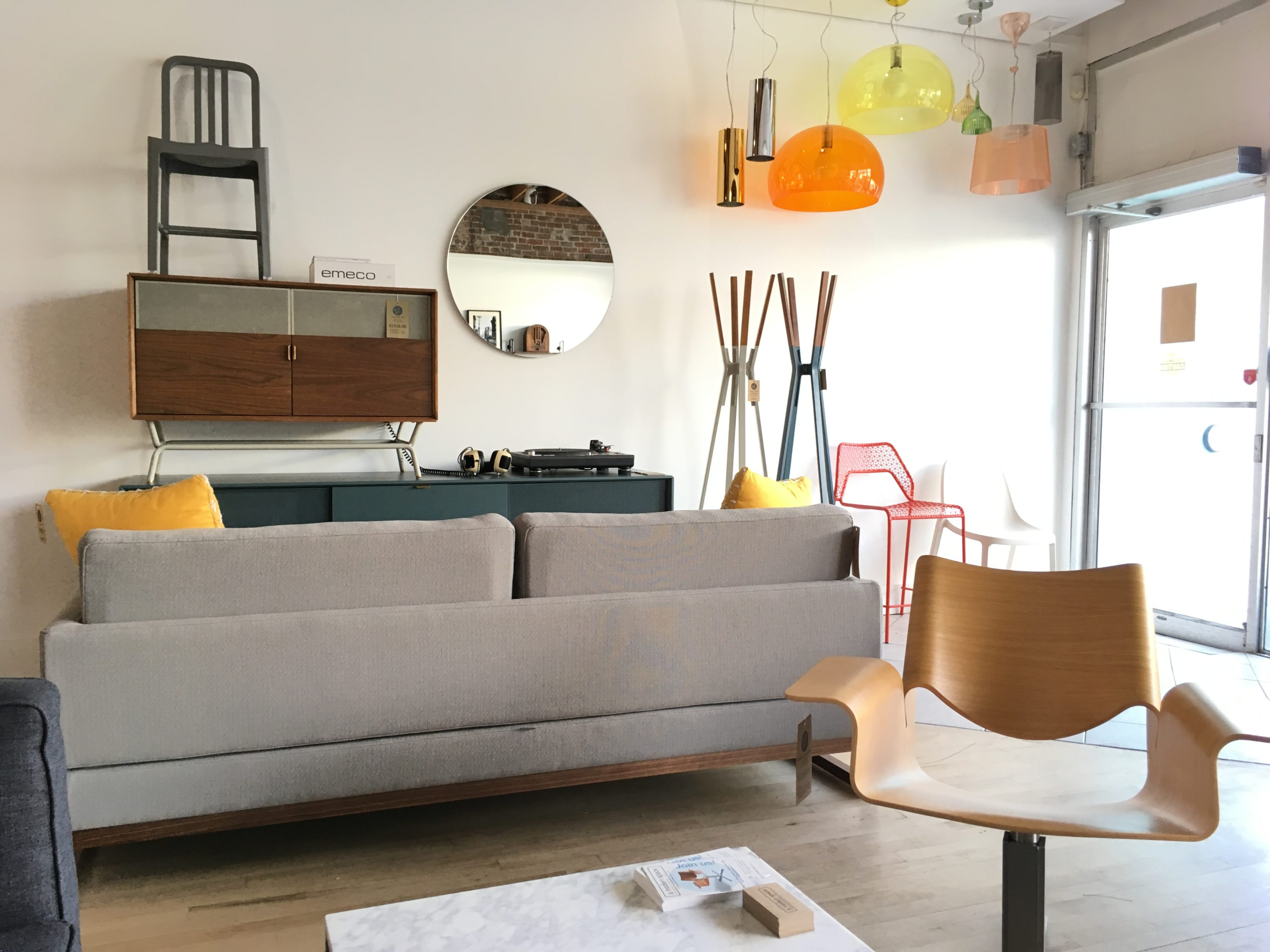 Modern Furniture Ottawa A Modern Space Launches Spacious New Store In Old Ottawa South