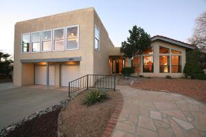 12917 Seco Court NE, Albuquerque, NM 87111