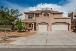 6204 Whiteman Drive NW, Albuquerque, NM 87120