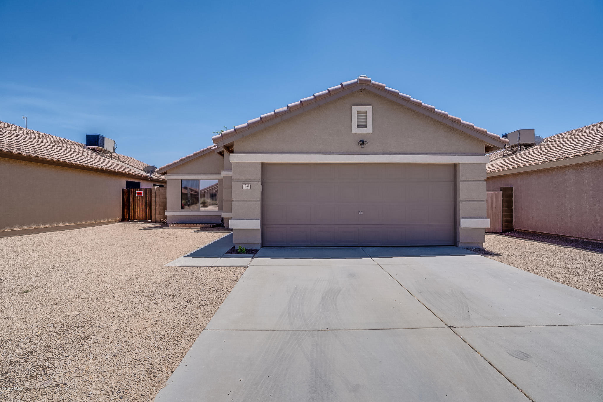 Garage Cabinets Apache Junction Az Apache Junction Real Estate Homes For Sale Realtyonegroup