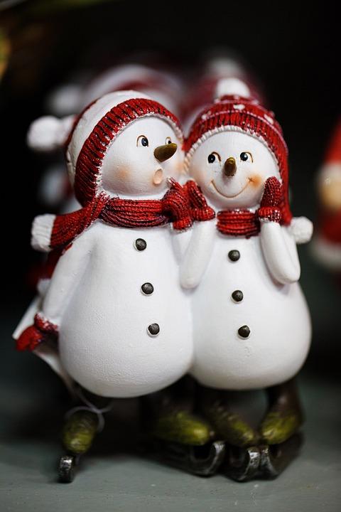 Cute Couple In Love Hd Wallpaper Free Photo Snowmen Celebration Christmas Free Image
