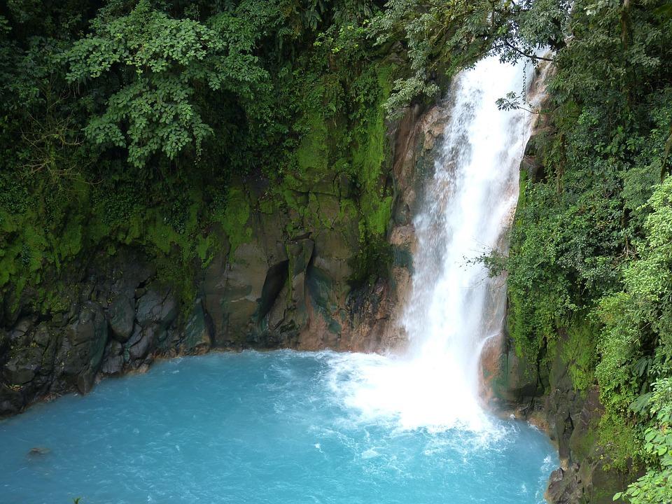 Kuang Si Falls Hd Wallpaper Kostenloses Foto Wasserfall Dschungel Regenwald