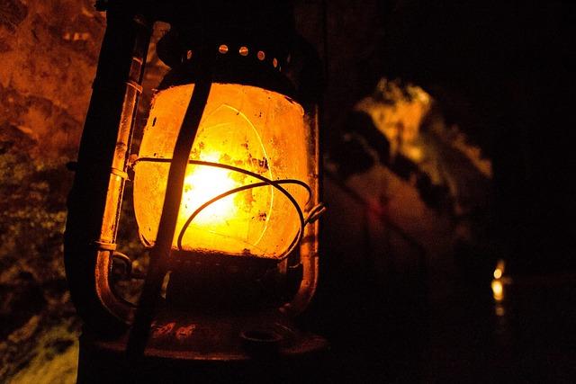 Hd Wallpaper Girl In Christmas Lights Lantern Dark Cavern 183 Free Photo On Pixabay