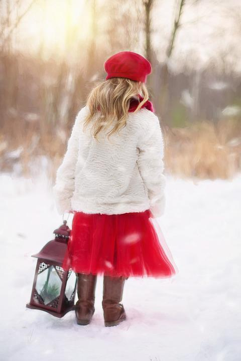 Cute Little Girl Hd Wallpapers 1080p Photo Gratuite Petite Fille Hiver Neige Red Image