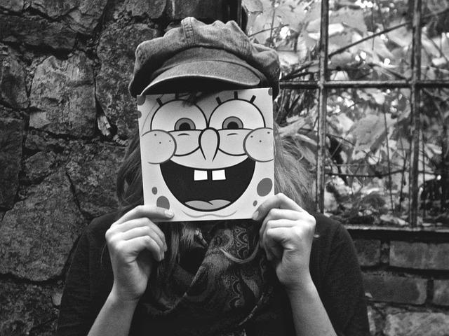 Cute New Wallpaper Download Gratis Foto Meisje Masker Spongebob Gratis Afbeelding