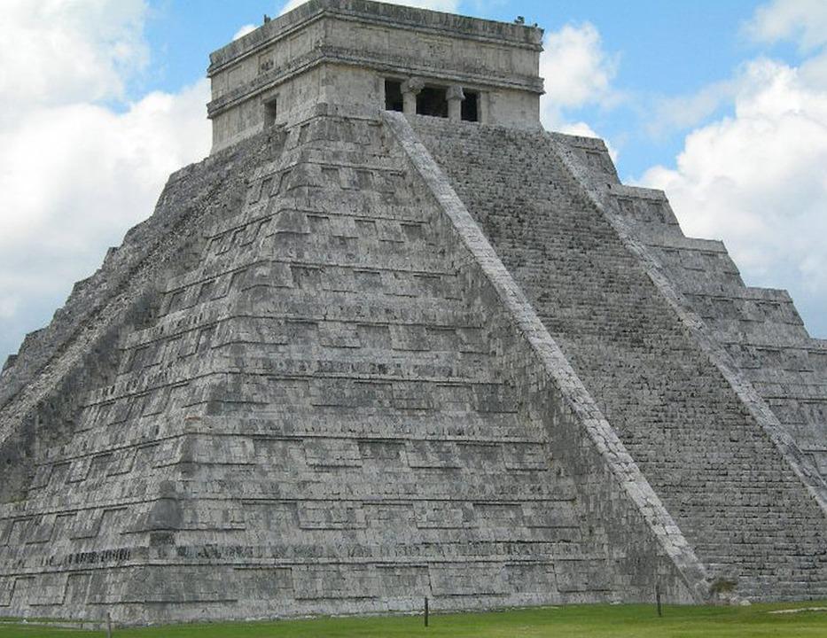 Jesus Christ 3d Wallpaper Mexico Pyramid Art 183 Free Photo On Pixabay