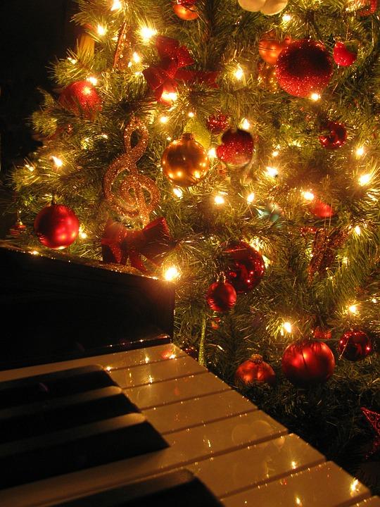 Christmas Music Piano - Free photo on Pixabay