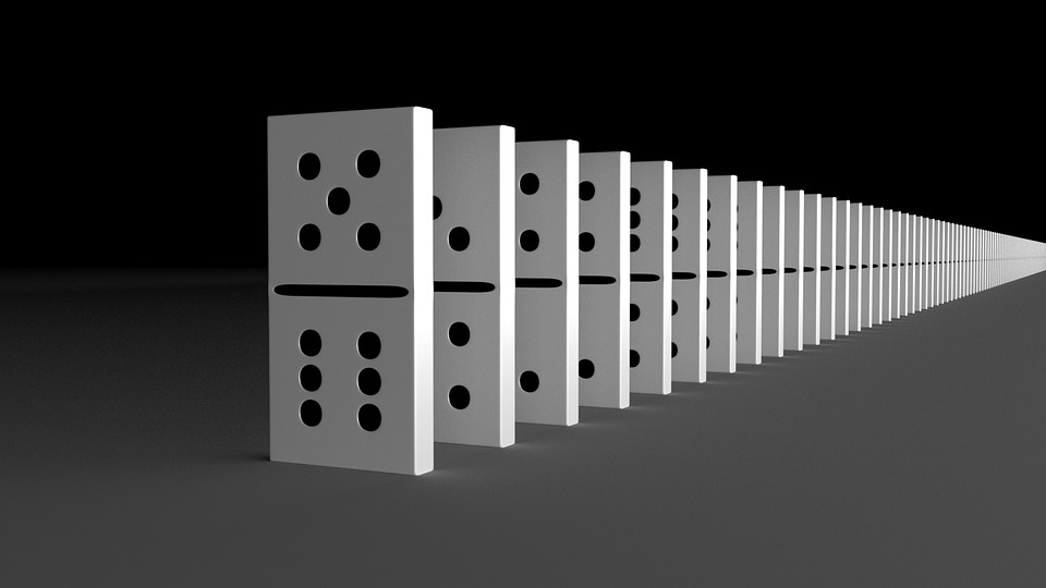 Series Domino Effect Stones · Free image on Pixabay