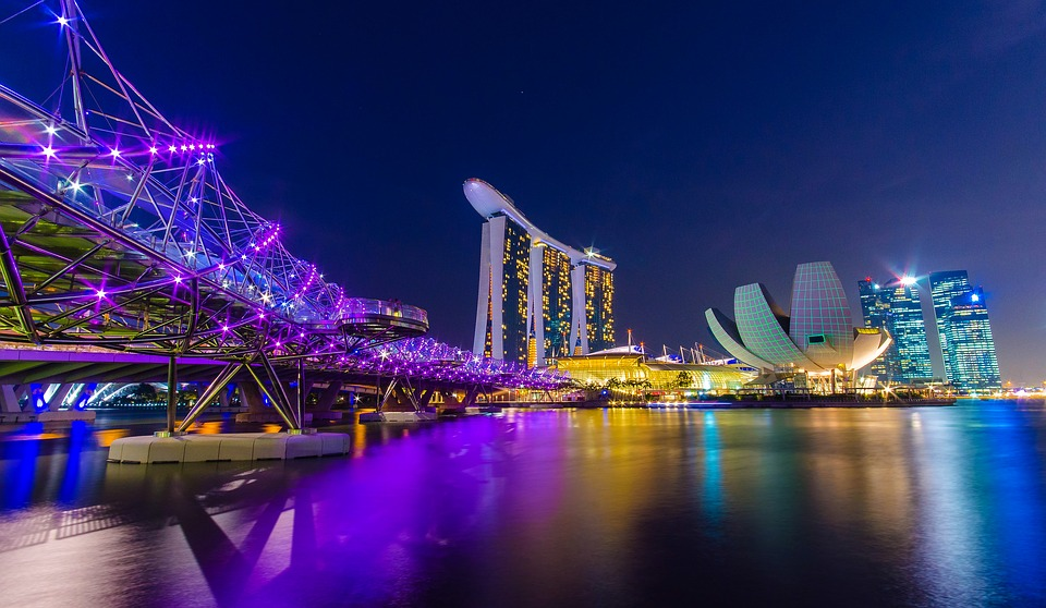 Vacation Couple Blog Free Photo Singapore Marina Bay Helix Free Image On