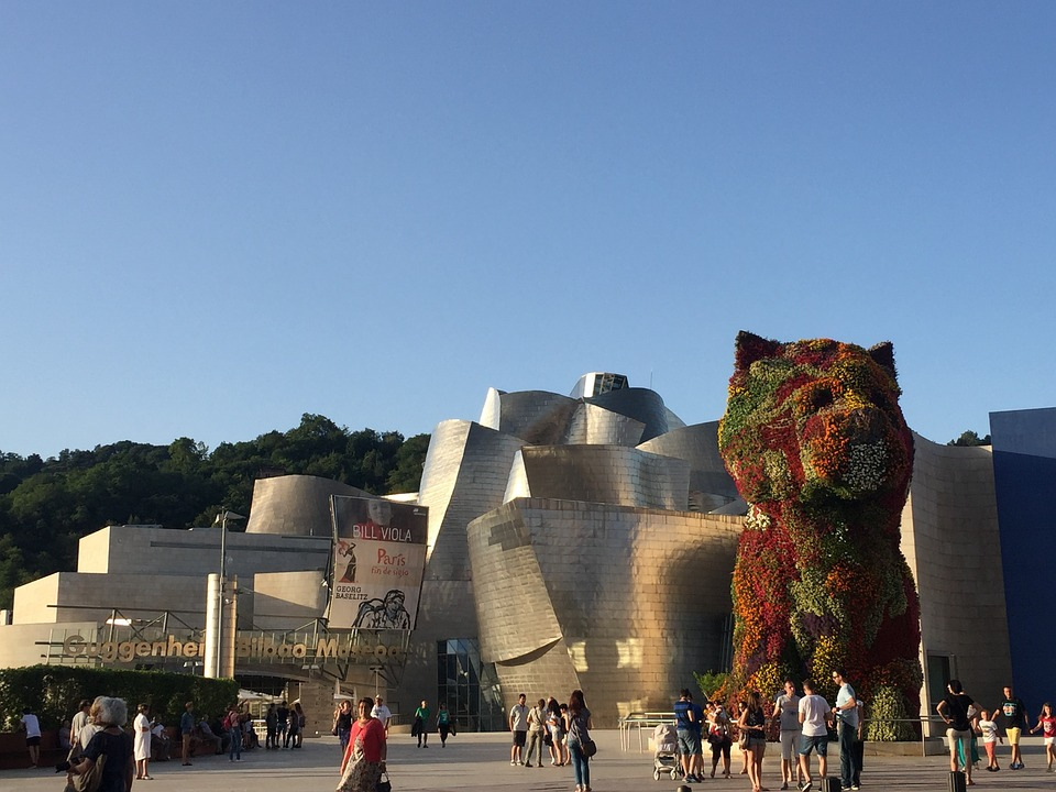 New Girl Wallpaper Download Guggenheim Bilbao Museum 183 Free Photo On Pixabay