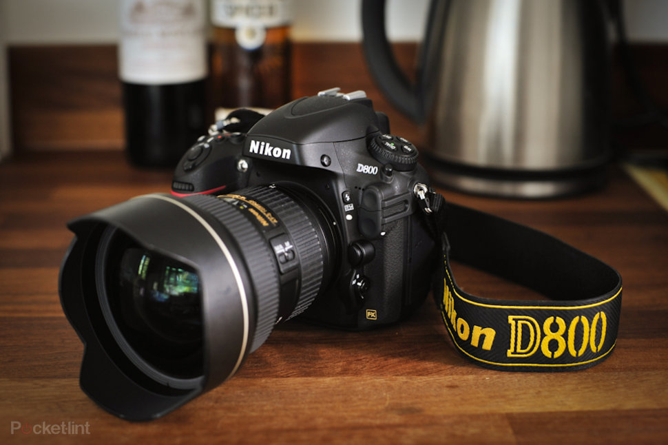 Full Frame Mirrorless Vs Dslr Nikon D700 Vs Nikon D800 Worth The Upgrade Pocket Lint