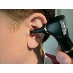 Small Crop Of Ear Infection Hydrogen Peroxide