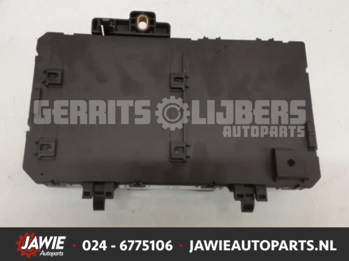 Used Opel Astra H (L48) 17 CDTi 16V Fuse box - 13206762 - Jawie
