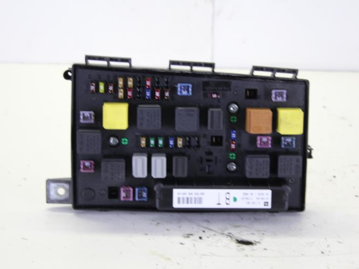 Used Opel Astra H (L48) 16 16V Twinport Fuse box - 74338100 - Gebr