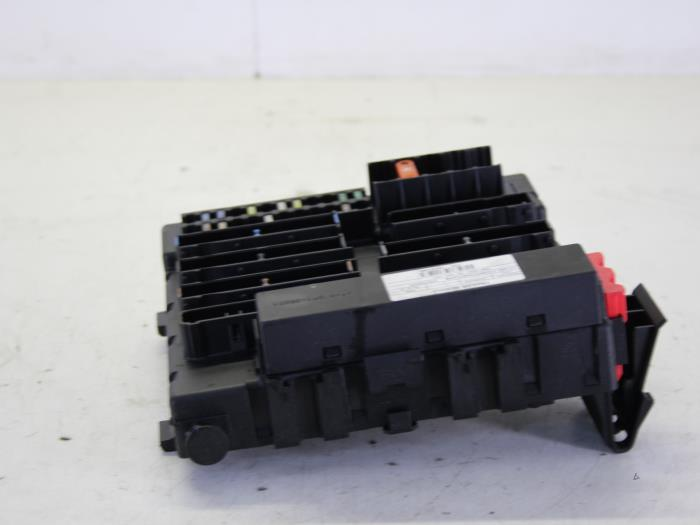 Used Opel Vectra C 22 16V Fuse box - 13125487 - Gebr Opdam BV