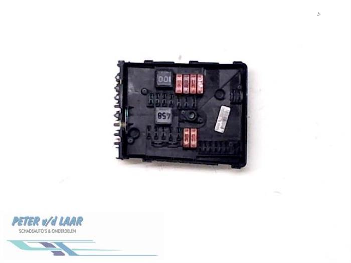 Used Skoda Octavia Combi (1Z5) 16 MPI Fuse box - 0613167660E