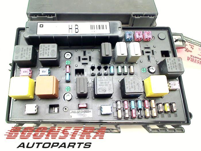 Used Opel Astra H GTC (L08) 18 16V Fuse box - 13206754 - Boonstra