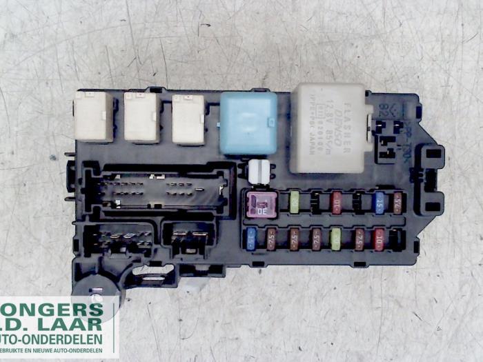Used Daihatsu Sirion 2 (M3) 13 16V DVVT Fuse box - 85980B1010