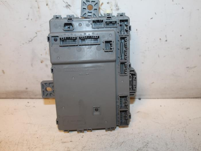Used Honda Civic Tourer (FK) 16 i-DTEC Advanced 16V Fuse box